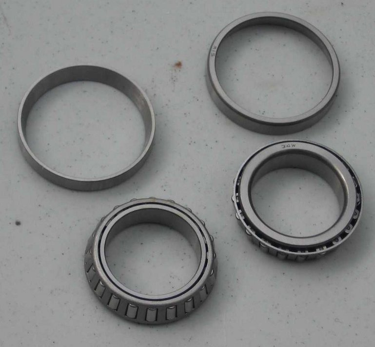 /2 STEERING HEAD TAPERED BEARING SET